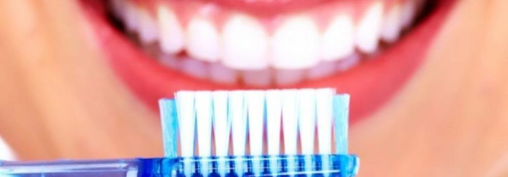 Higiene 4 – Higiene Interproximal (seda, cinta, cepillos interdentales) -